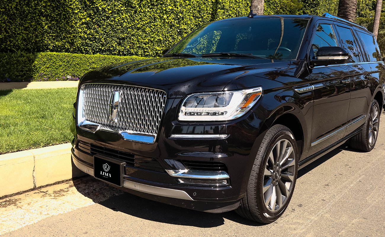 lincoln-navigator-front